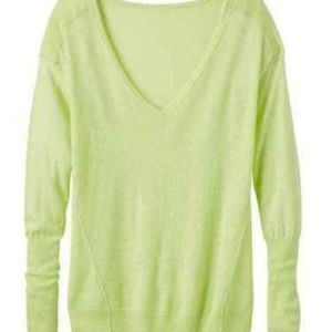 ATHLETA Crave Lime 100% Cashmere sweater Sz S